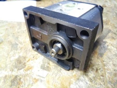 Насос гидравлики (крепление 3 болта) мототрактор