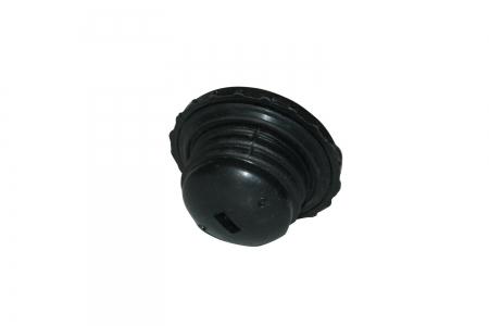 Крышка топливного бака пластик.резьбовая DF240/244