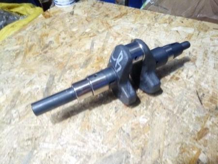 Вал коленчатый 186F под шпонку Ø25 мм