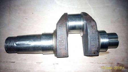 Вал коленчатый R195 SH (болт груза М14)