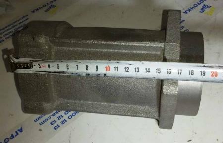 Корпус подшипника полуоси редуктора (под ось Ø 49 мм) мототрактора