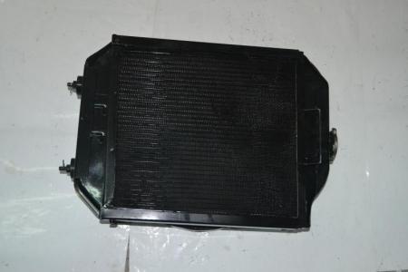 Радиатор в сборе (570мм/395мм/200мм, по шпилькам 190мм)FT250.13.010