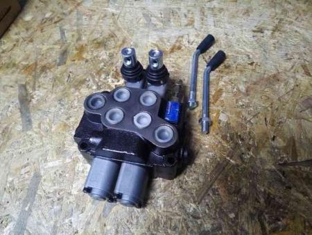 Гидрораспределитель (2 входа + 2 выхода) мототрактор