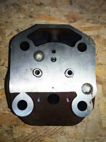 Головка цилиндра (форсунка Ø 21 мм) R195
