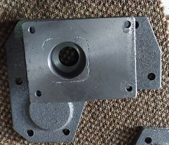Крышка КПП правая  под насос гидравлики (крепление насоса 4 болта) DW 150