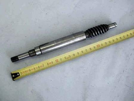 Вал редуктора вертикальный (червяк) МК 30-2